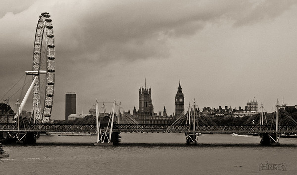 Thames River (8/24/2011) A shot of the Thames River with Big Ben and other historic sites in London. We are staying at the Savoy which is just to my right. Thank you for your comments yesterday, -Bob